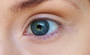 Como LashParade for eyelashes - funciona. ¿Tiene efectos secundarios?